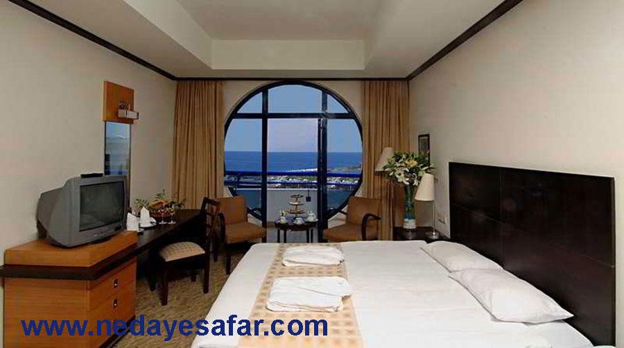 هتل پنج ستاره تایتانیک لارا