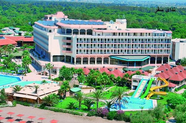 هتل ۵ ستاره آدورا گلف