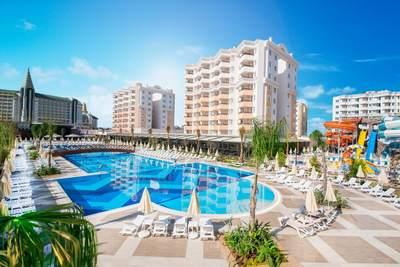 هتل پنج ستاره رامادا ریزورت لارا