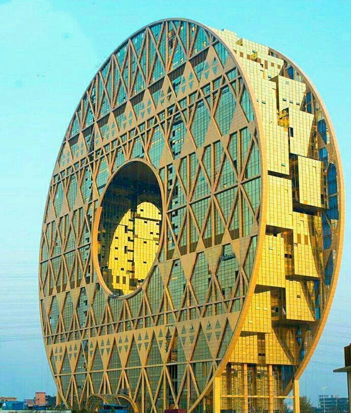 عجیب ترین بنای تجاری دنیا