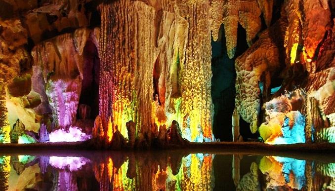 تور یکروزه غار علیصدر و لاله جین
