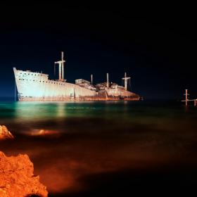 کیش جزیره کیش کشتی یونانی