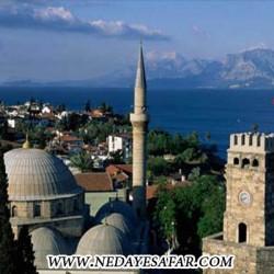 برج ساعت آنتالیا ترکیه جاذبه های توریستی آنتالیا