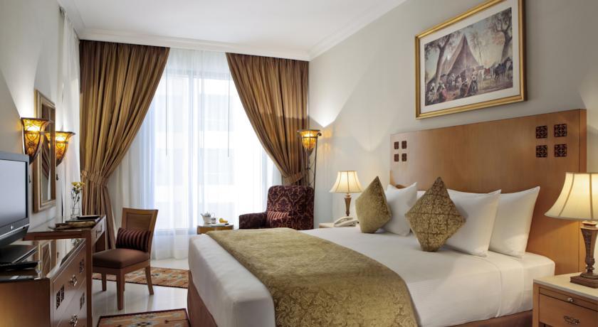 هتل چهار ستاره گلوریا
