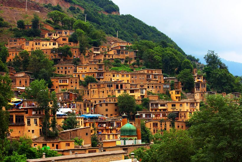 1__hamgardi_Traditional-Masouleh-Village-Gilan-Iran-820×547